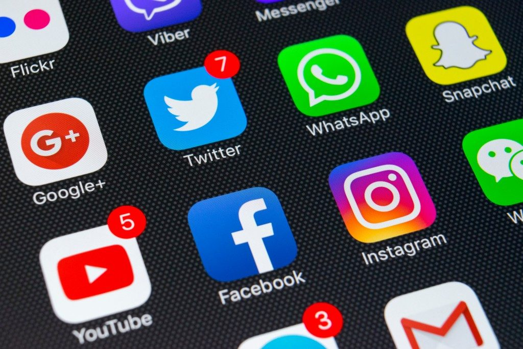 social media apps installed in a phone